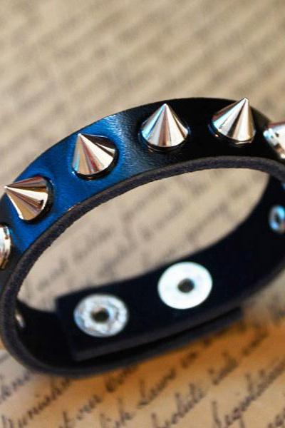 Spike Studded Snap Wristband Bracelet Black Leather Spikes Wristband